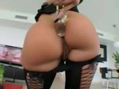 Жопастая порно актрисы имена фото 278-710