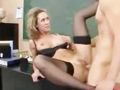 Учительница порно видео скачать бесплатно