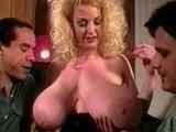 Гиг Порно  Ретро порно - грудастой рыжеволосой сучке вогнали пару хуёв