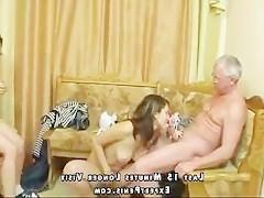 Две русские семейные пары специально напились вместе, чтобы сгладить интимную напряженность между собой. А затем они устроили групповой трах свингеров!