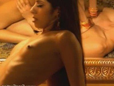 Порно с элементами камасутры бесплатное видео