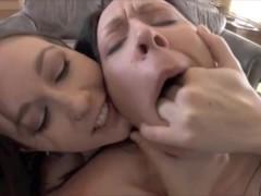 Сборка жестокого анального секса с молодыми раскованными шлюшками в горячие жопы