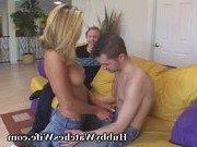 Порно звезда и ее очень заботливый муж