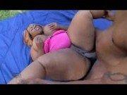 Гиг Порно в жопу первые Толстенная негритянка затащила негра к себе