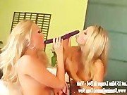 Порно звезда предпочитает жесткий трах с подругой