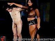 Строгая госпожа и ее покорный раб