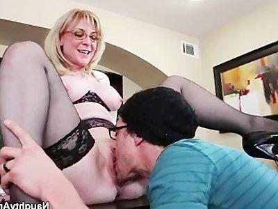 зрелые начальницы порно