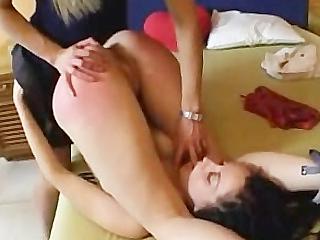 Жестко отшлепают задницу порно на видео фото 567-383