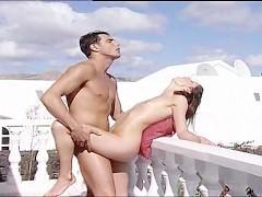 Эта симпатичная пара привыкла заниматься сексом по всему дому. И не важно, где они трахаются, им везде удается достичь наивысшего сексуального удовольствия!