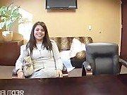 Порно звезда приперлась в офис за сексом