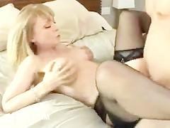 девка предложила потрахаться место просмотра порно