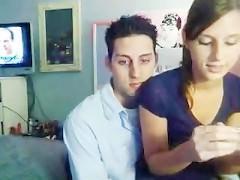 Молодая пара любителей решила блеснуть сексом перед веб камерой