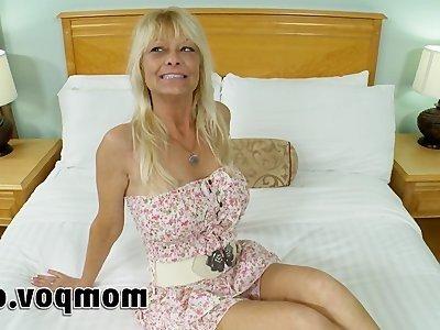 зрелая женщина и ее любовник порно онлайн
