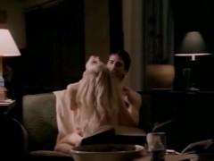 Порно сцена из фильма с участием зрелой знаменитости