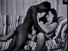 Подборка черно-белого любительского секса из 70-х годов прошлого века