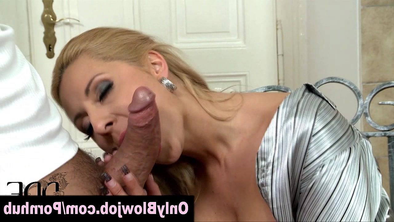 См порно минет от шикарных блондинок фото 402-655