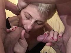Зрелая жена получит сногсшибательный трах от мужа и левого парня