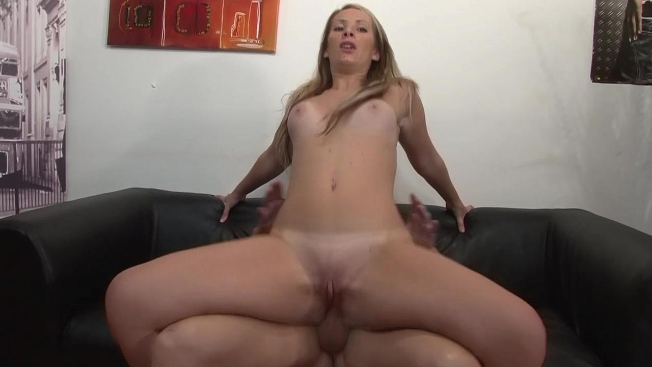 Смотреть онлайн ролики со всеми позами секса