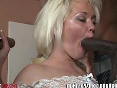 Большие дыры секс видео