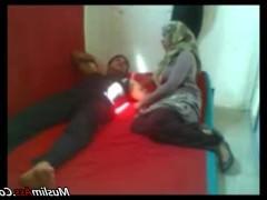 Скрытая камера записала бурный секс зрелой египетской пары