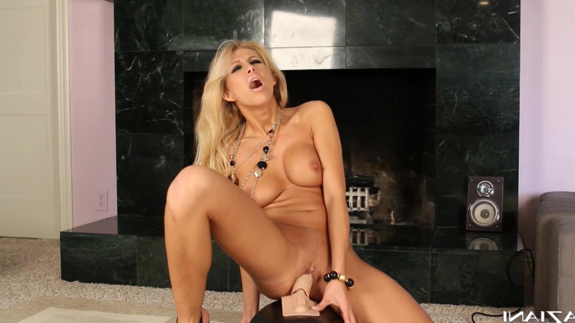порно онлайн удовольствие от секс машин
