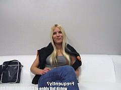 Гиг Порно Кастинг от 1-го лица с грудастой блондинкой - почувствуй себя настоящим пикапером