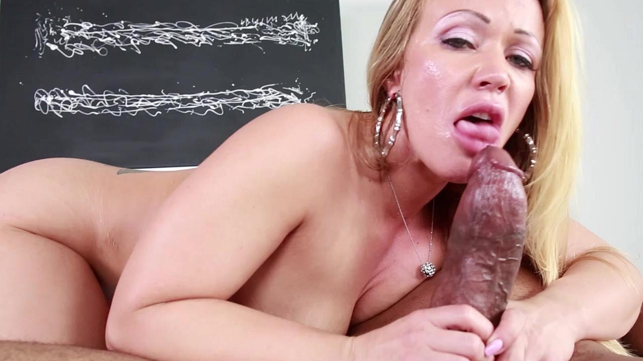 Громадный член в заднице грудастая силиконовая порно онлайн 7 фотография