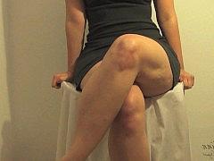 Порно видео между ляжек