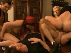 Подборка шикарного загородного траха молодых порно звезд в различных стилях