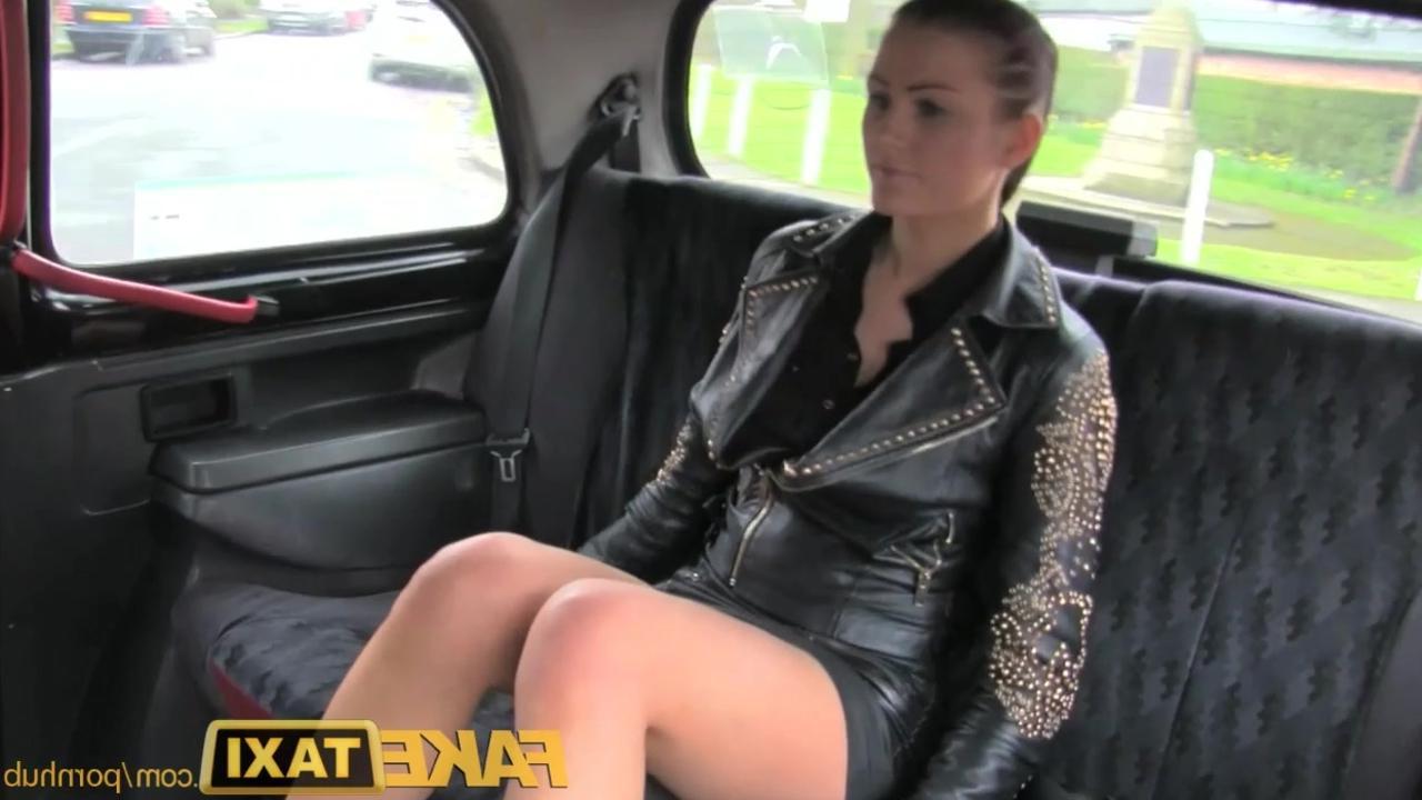 Секс в такси в юбках фото 188-433