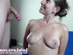 Гиг Порно  Молодая девка сосет хуй своего бой-френда и дрочит пизду дилдо перед веб камерой