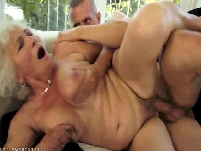 бесплатно гиг порно старушки