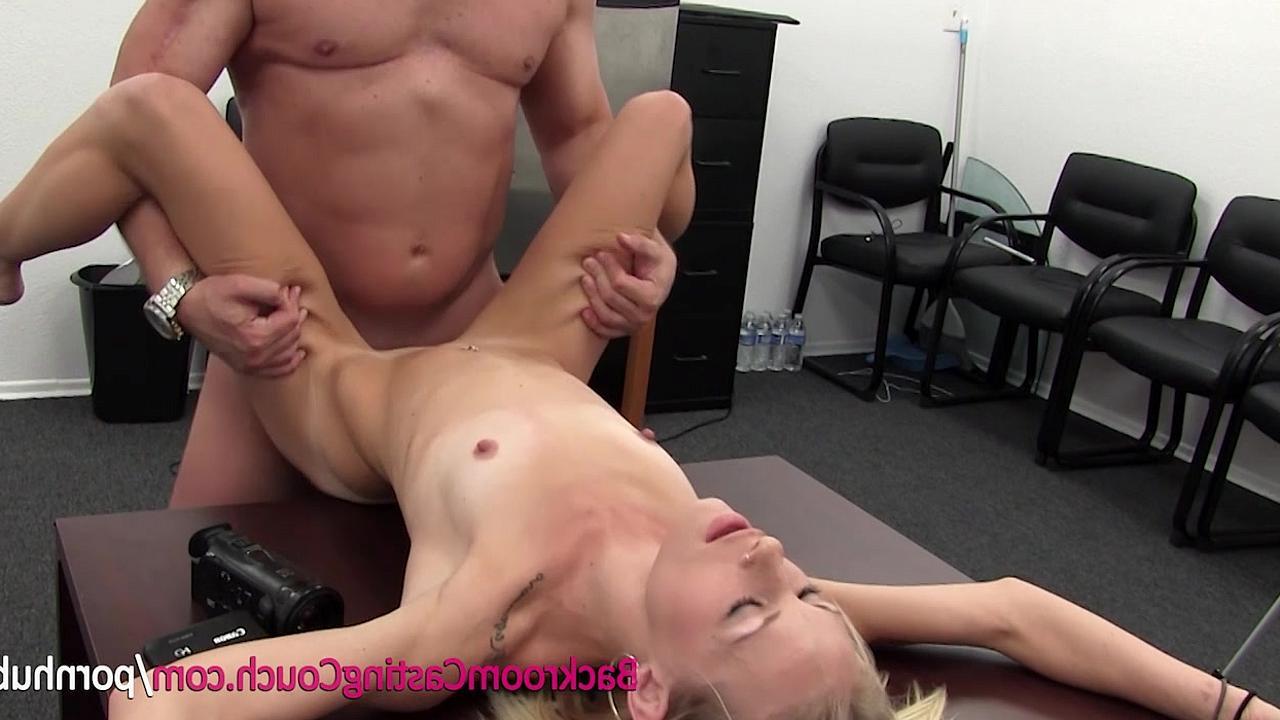 Сорокалетняя на кастинге порно 12 фотография