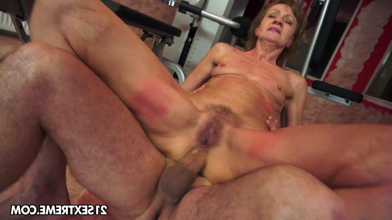 Секс порно со старой бабой фото 420-513