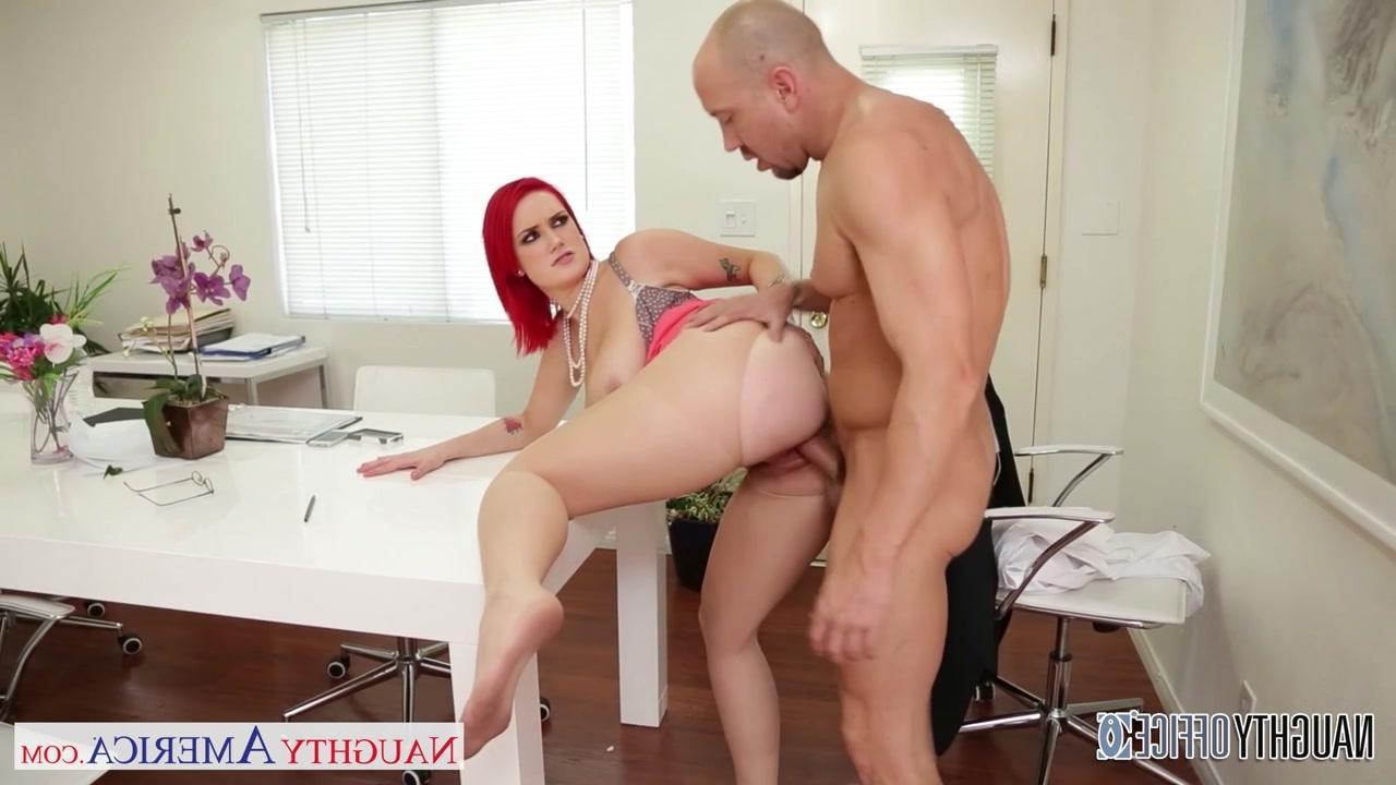 смотреть секс видео в кабинете у босса