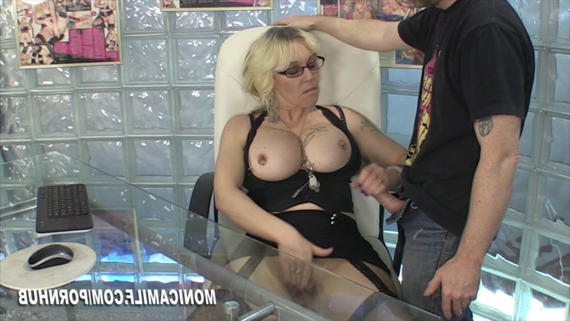 Смотреть порно онлайн красотка с классной грудью 18 фотография