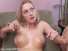 Порно видео зрелых женщин в клубе в них много спермы бесплатно фото 503-17