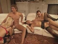 Сборка жаркого любительского траха зрелых немок с похотливыми мужиками