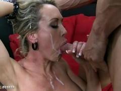 Гиг Порно пьяное с разговорами Безумно горячая подборка слива спермы на пошлые рожи возбужденных молодых шлюх