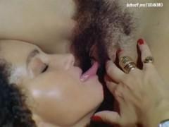 Подборка траха знаменитых итальянок с разными партнерами в ретро порно